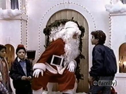 the-wonder-years-a-very-cutlip-christmas-09